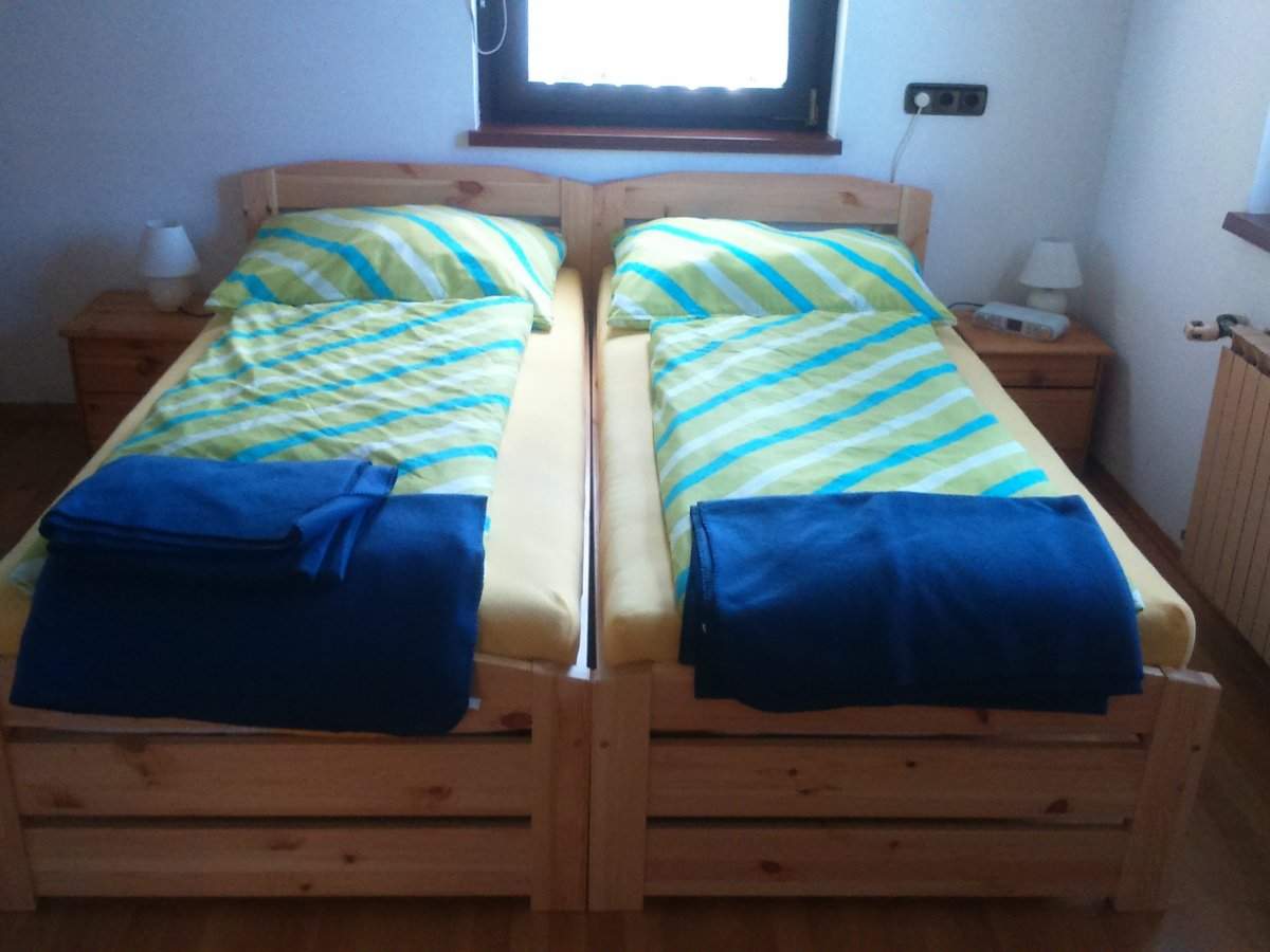 apartment mit 2 schlafzimmern f r 3 personen haus ruf. Black Bedroom Furniture Sets. Home Design Ideas